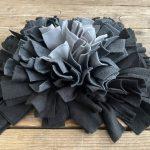 Snuffelmat grijs/zwart – 25cm